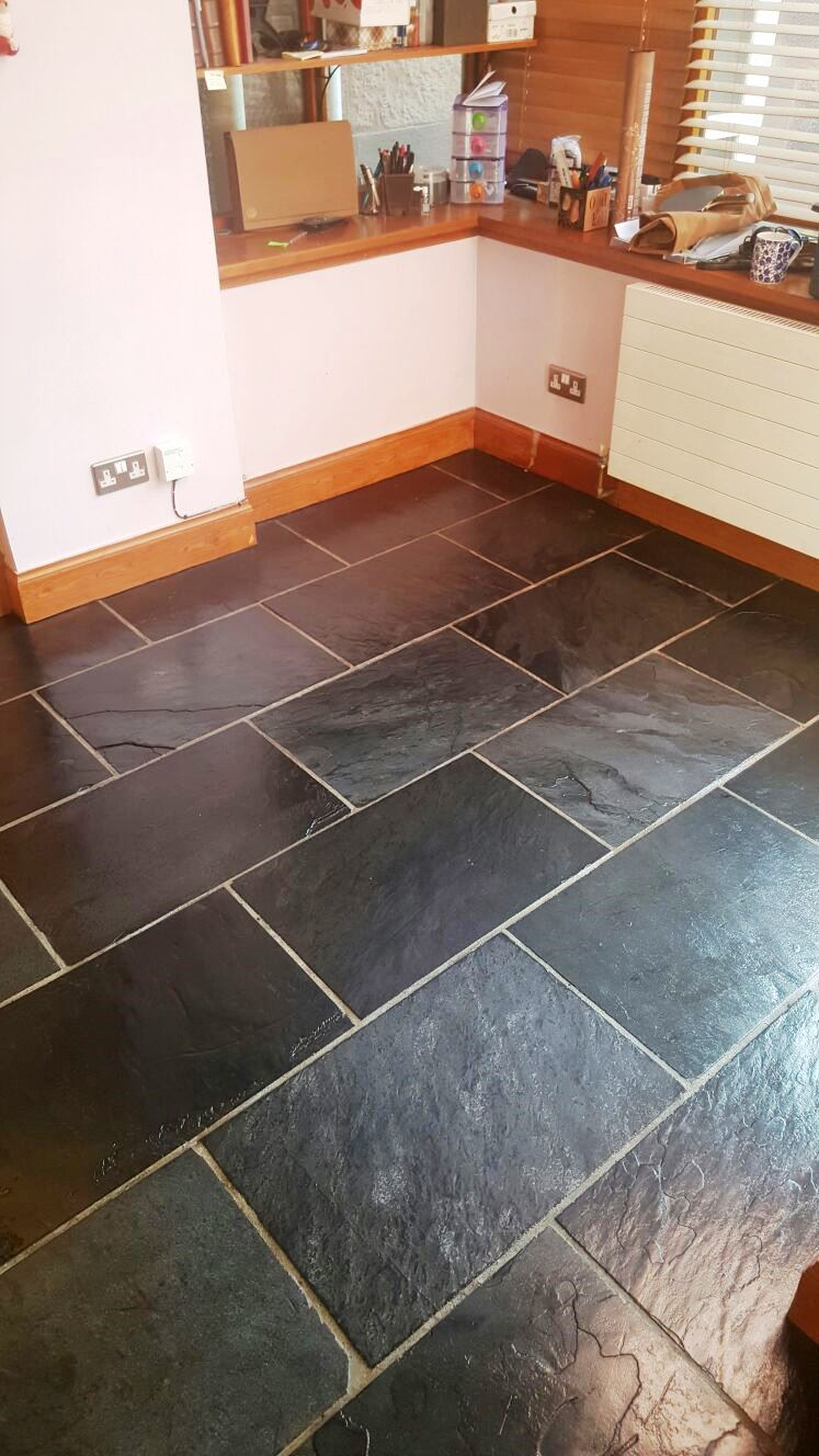 Slate Tiled Floor After Sealing Edinburgh