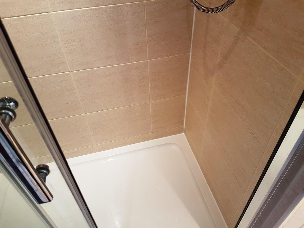 Ceramic Shower Cubicle After Cleaning Edinburgh