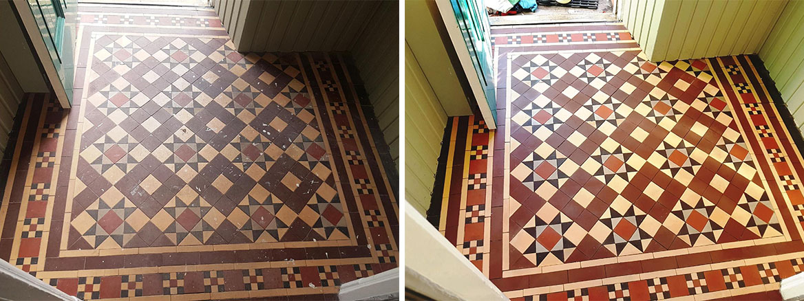 Dirty and Discoloured Victorian Tiled Entrance Cleaned in Edinburgh